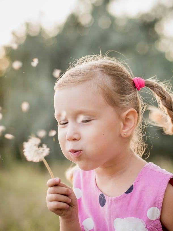 """Tule hyvä arki! Lasten ja nuorten hyvinvointi on ensisijaista, hallitusohjelma linjaa. Kuva: <span class=""""photographer"""">Shutterstock</span>"""