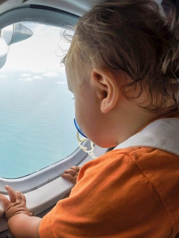 """Kun vanhemmat pysyvät rauhallisina, rento matkatunnelma siirtyy helpommin lapseenkin. Kuva: <span class=""""photographer"""">iStockphoto</span>"""