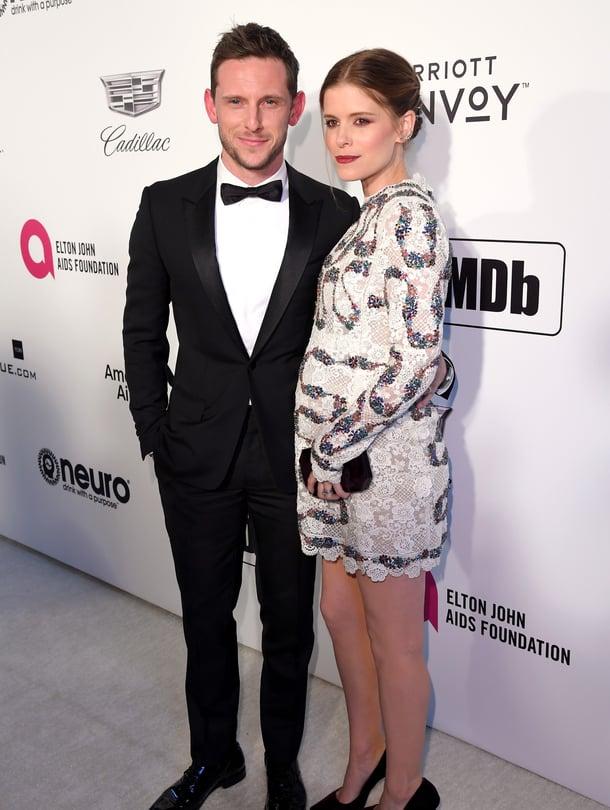 """Kate Mara ja Jamie Bell vahvistivat raskaushuhut sunnuntai-iltana Elton Johnin Oscar-juhlissa Kaliforniassa. Kuva: <span class=""""photographer"""">MVPhotos</span>"""