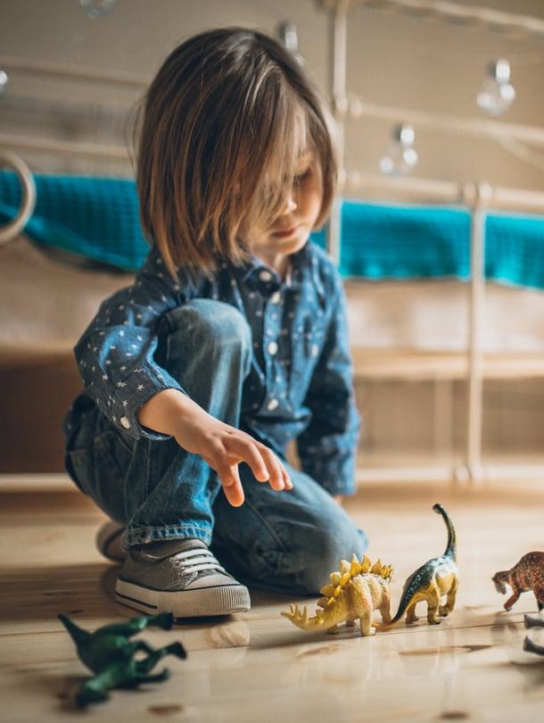 Leikki-ikäiselle voi olla kova pettymys, kun hän ei voikaan päättää päivän kulusta.