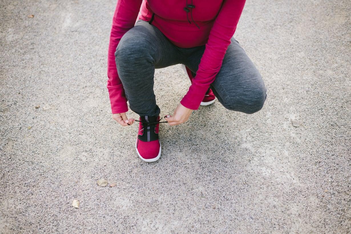 Juoksuharrastusta voi hyvin jatkaa plussan jälkeen. Tahtia pitää hidastaa, kun maha kasvaa. Kuva: iStockphoto