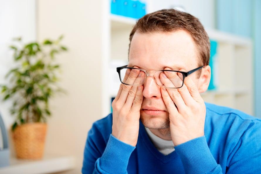 Kilpirauhasen vajaatoiminta, väsymys vai masennus? Se selviää vain tutkimalla.