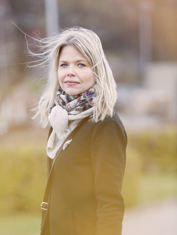 """Miila Halonen kannustaa vanhempaa miettimään, miten nuori pärjää arjessaan. Kuva: <span class=""""photographer"""">Sara Huhtinen</span>"""