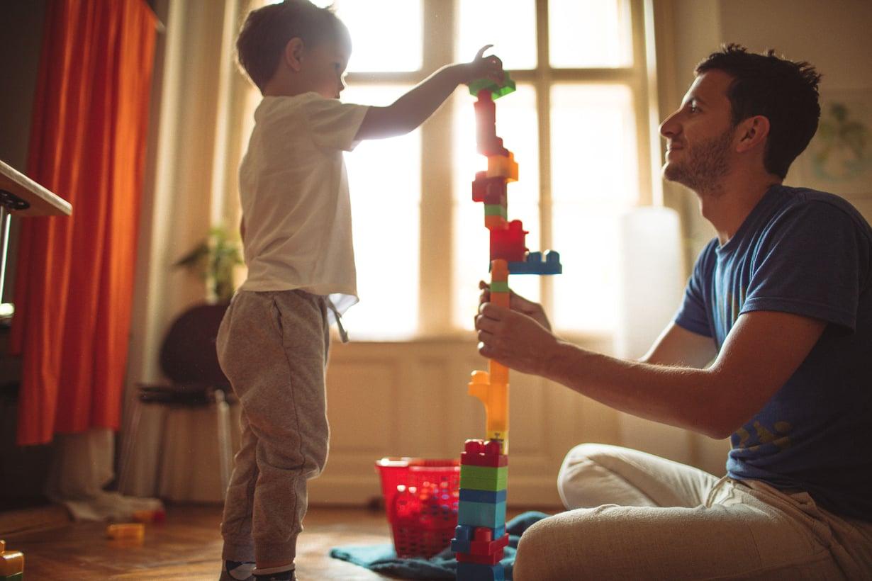 Isi, leikkimään! Kuva: iStockphoto
