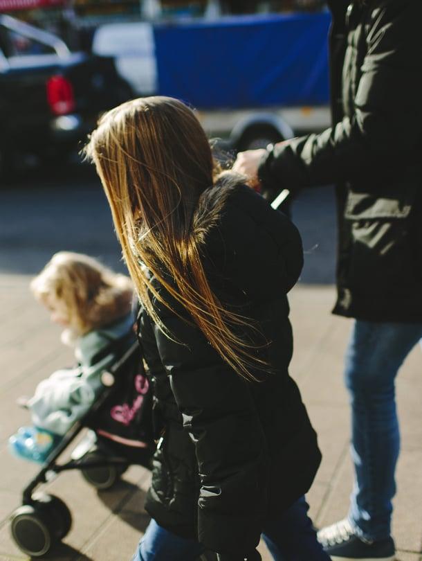 Uusi vuosi, uudet rahat. Moniin Kelan perhe-etuuksiin tulee muutoksia vuodenvaihteessa.