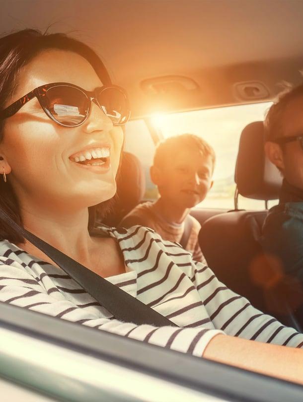 UVA-säteet läpäisevät ikkunatkin, joten ihosi kaipaa suojaa pitkillä ajomatkoilla.