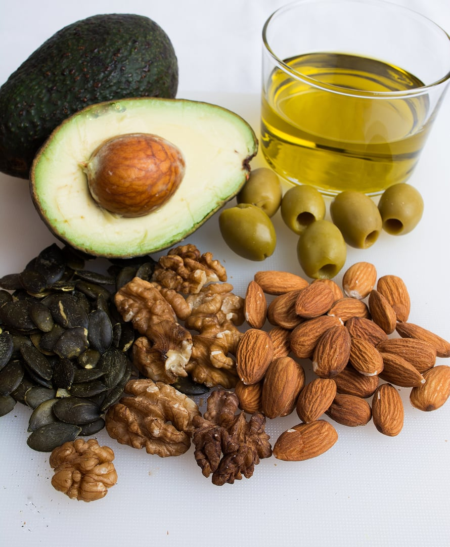 kasviöljy, pähkinät, siement, mantelit, hyvät rasvahapot, omega-rasvahapot