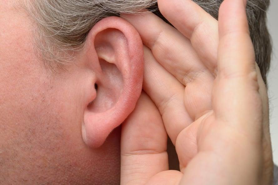 Korvanlehdet ja taustat kutisevat ihottuma allergia