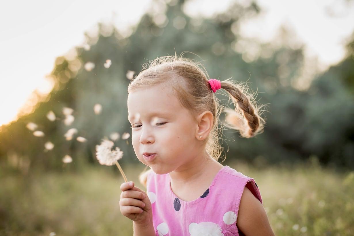 Tule hyvä arki! Lasten ja nuorten hyvinvointi on ensisijaista, hallitusohjelma linjaa. Kuva: Shutterstock