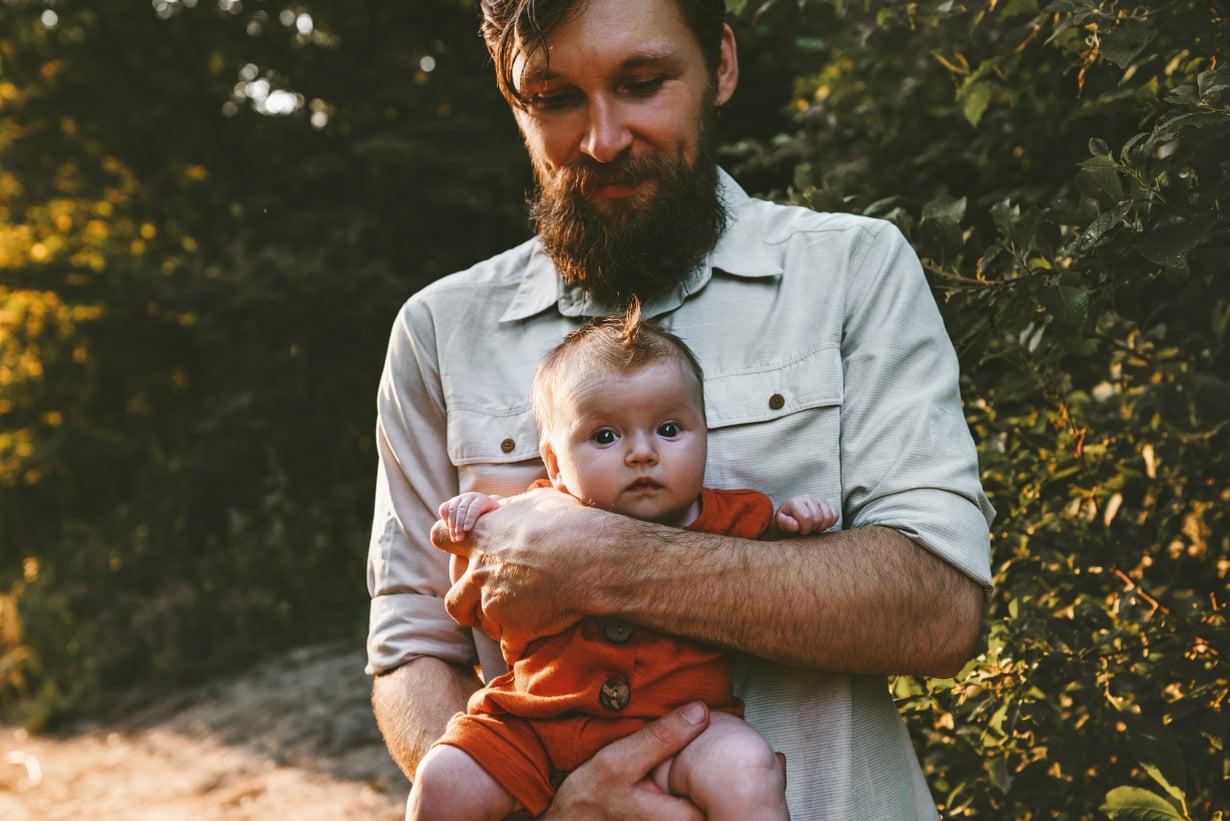 Jos isä jää vauva-arjessa ulkopuoliseksi, se näkyy myös parisuhteessa.