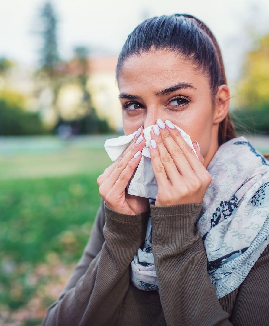 Jos nuhasi ajoittuu toukokuuhun, olet todennäköisesti koivulle allerginen. Silloin hoitoa käytetään ennakoivasti huhtikuun puolesta välistä kesäkuulle, kunnes koivun kukinta on lakannut.