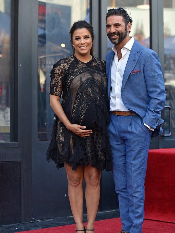 """Eva Longoria ja hänen aviomiehensä José Bastón huhtikuussa Hollywoodissa, jossa Longoria sai tähden kuuluisalle Walk of Famelle. Kuva: <span class=""""photographer"""">MVPhotos</span>"""