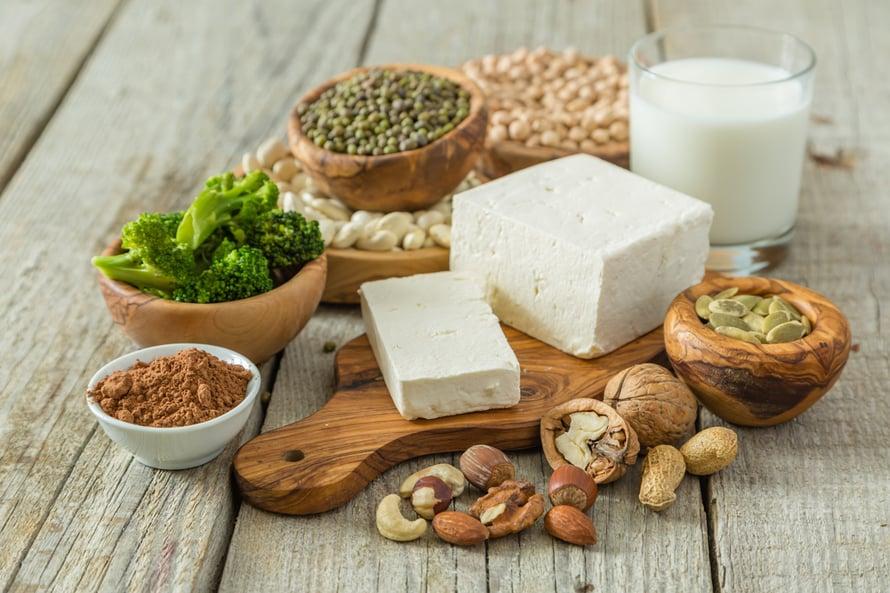 kasium vegaani ruokavalio pähkinät pavut soija tofu