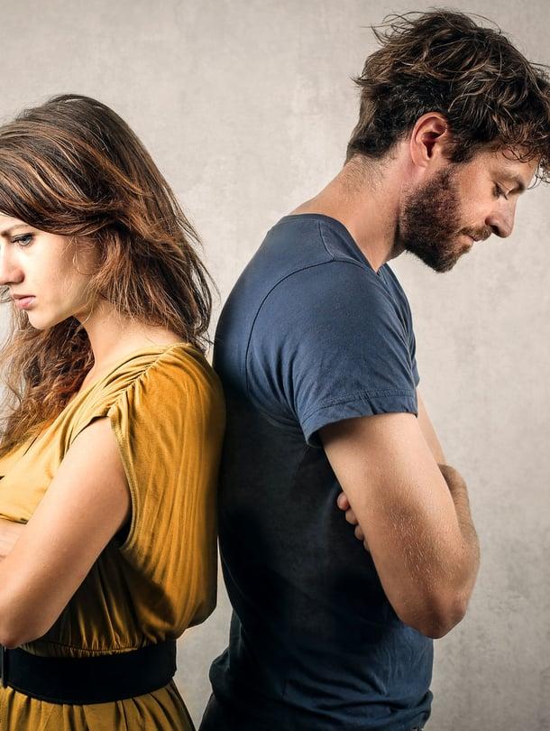 Tunteiden pakonomainen tarkkailu voi myös olla etäännyttävä ansa.