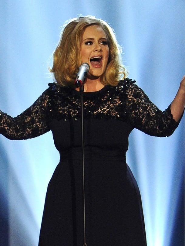 """Adele on kertonut avoimesti, että raskauden jälkeen hänen äänensä ei ollut enää ennallaan. Kuva: <span class=""""photographer"""">MVPhotos</span>"""