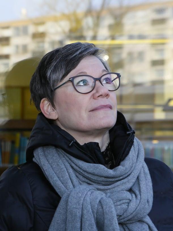 """– Jokaisen lapsen pitäisi tuntea kelpaavansa oma itsenään, sanoo kasvatuspsykologian apulaisprofessori Niina Junttila. Kuva: <span class=""""photographer"""">Pasi Leino</span>"""