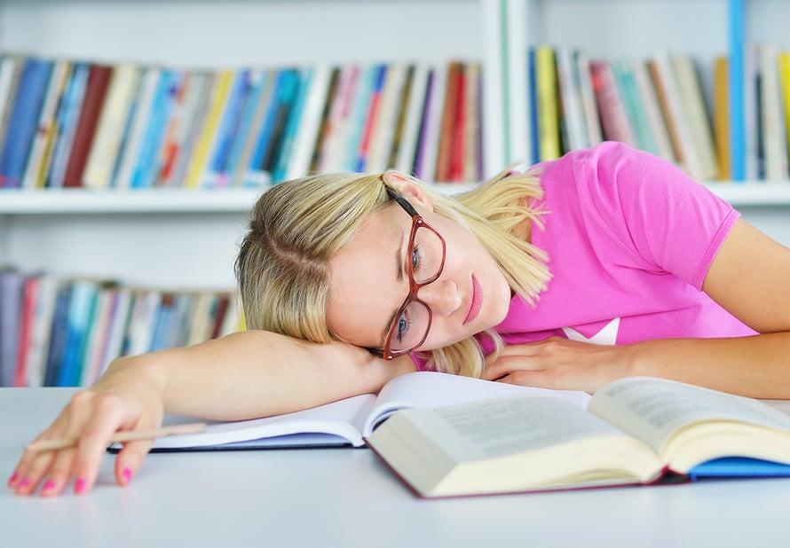 uni ei virkistä mikä väsynyttä nuorta vaivaa