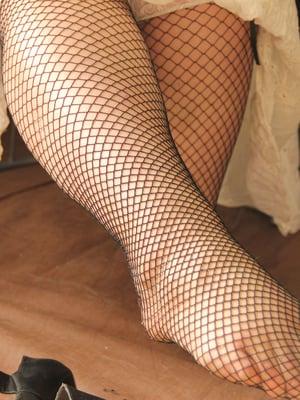 Vaikka jalat turpoaisivat, perusterveellä vaiva menee itsekseen ohi. Helteellä turvotus voi kestää vähän pitempään.