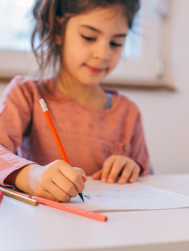 """Avoimessa alussa lapsi ei heti kuulu 1A:lle tai 1B:lle, vaan vaikkapa vihreisiin, oransseihin tai sinisiin. Kuva: <span class=""""photographer"""">iStockphoto</span>"""