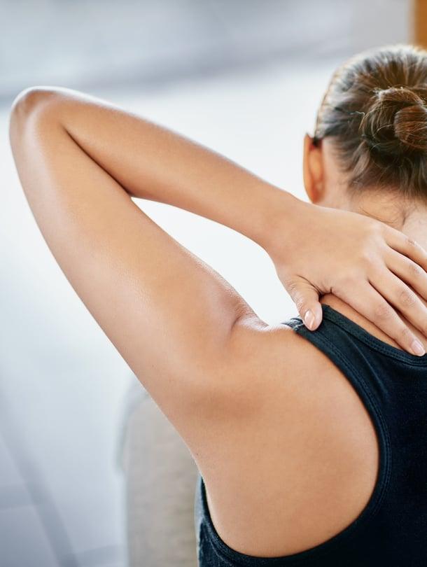 """Liian kova treeni synnytyksen jälkeen voi lisätä erkaumaa, sillä keskivartalon tuki ei ole vielä palautunut. Kuva: <span class=""""photographer"""">iStockphoto</span>"""