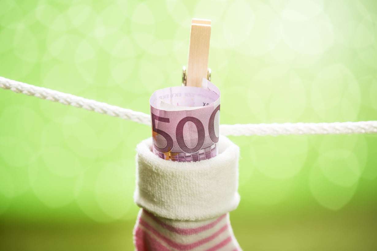Sukanvarressa raha menettää arvoaan, siksi pienetkin säästösummat kannattaa mieluummin laittaa poikimaan. Kuva: iStockphoto