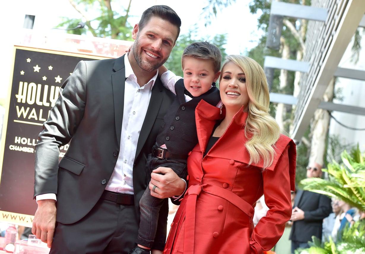 Carrie Underwoodin kumppani, jääkiekkoilija Mike Fisher sekä heidän poikansa Isaiah tulivat mukaan juhlimaan, kun laulaja sai 20. syyskuuta oman tähden legendaariselle Hollywoodin Walk of Famelle. Kuva: MVPhotos