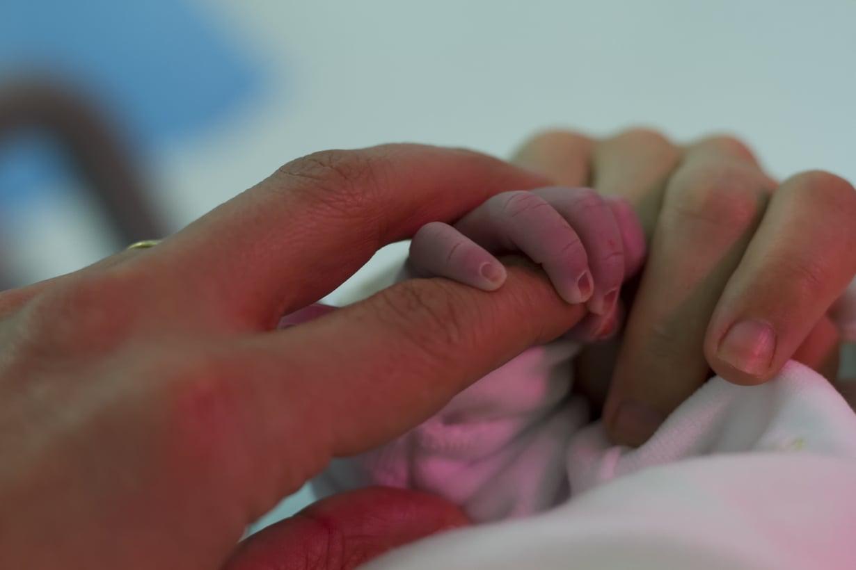 Istukan ennenaikainen irtoaminen lisää lapsen kuolemanriskiä jopa yli vuoden lapsen syntymän jälkeen. Kuva: iStockphoto